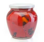 玻璃瓶子用被保存的红色辣椒粉 库存图片