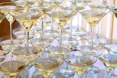玻璃用香槟 免版税库存照片