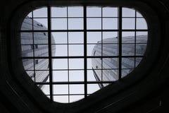 玻璃电梯 免版税图库摄影