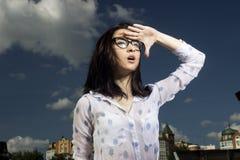 玻璃的女孩 免版税图库摄影