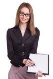 玻璃的微笑的妇女与剪贴板提供签合同 库存图片