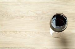 玻璃红顶视图酒 猬 库存照片