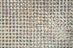 玻璃背景的闪烁豪华瓦片 免版税图库摄影