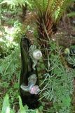 玻璃蜗牛雕塑 库存照片