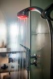玻璃阵雨客舱的内部 免版税图库摄影