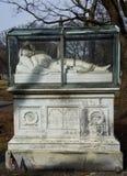 玻璃附上的纪念碑 库存照片
