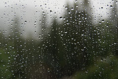 玻璃雨珠 免版税库存照片
