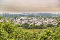 瓜亚基尔郊外鸟瞰图,厄瓜多尔 免版税库存照片