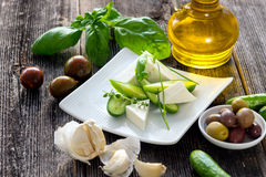 黄瓜和希腊白软干酪 库存照片