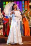 瓜德罗普岛小姐穿着国家服装的 免版税库存图片