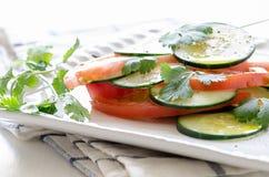 黄瓜蕃茄沙拉 库存图片