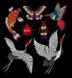 瓢虫,蝴蝶,甲虫,起重机,蜂鸟刺绣补丁 库存照片