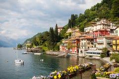 瓦伦纳,意大利都市风景 库存照片