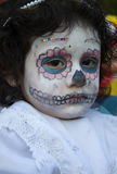 瓦哈卡,墨西哥10月31日, 2016-A女孩在死者的天装饰了 免版税库存照片