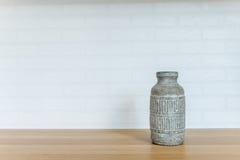 瓦器花瓶家辅助部件01 免版税库存图片