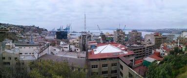 瓦尔帕莱索,智利, 2016年12月16日:对城市的全景 免版税库存照片
