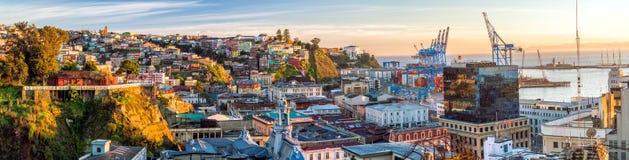 瓦尔帕莱索,智利五颜六色的大厦  库存照片