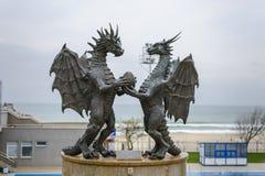 瓦尔纳,保加利亚, 2014年11月26日, :在爱,这sculptu的龙 免版税库存图片