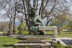瓦尔纳,保加利亚- 2017年5月02日:对Kopernik的纪念碑 免版税库存照片