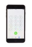 瓦尔纳,保加利亚- 2016年12月, 04日:黑被隔绝的Iphone 7正演播室 库存图片