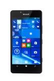 瓦尔纳,保加利亚- 2015年12月11日:手机模型微软 免版税库存照片