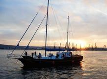 瓦尔纳,保加利亚- 10月02 :国际赛船会SCF黑海高船REGATA 2016年 免版税库存照片