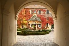 瓦尔纳BZ 2017年11月2日:古老很好在Novacella修道院,南蒂罗尔, Bressanone,意大利的奇迹 免版税库存图片