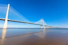 瓦斯考Da Gama桥梁(Ponte瓦斯考Da Gama),里斯本 免版税库存图片