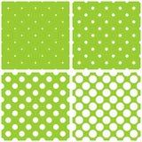瓦片传染媒介样式设置了与在绿色背景的白色圆点 图库摄影