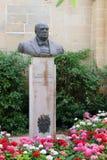 瓦莱塔,马耳他,2014年7月 对Rt的纪念碑 Hononrable温斯顿先生斯宾塞丘吉尔 K C 马耳他和戈佐岛的人民 图库摄影
