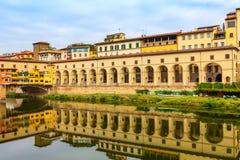 瓦萨利走廊在佛罗伦萨,托斯卡纳,意大利 免版税库存图片