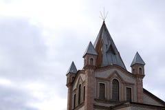 瓦讷,美丽的老半木料半灰泥的房子,壮观的镇在布里坦尼 库存照片