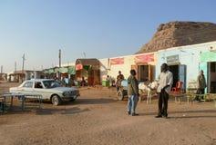 瓦迪哈勒法,苏丹- 2008年11月19日:街道在城市。 免版税库存图片