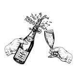 瓶在手中香槟在手中和玻璃 免版税库存照片