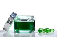 瓶子绿色胶凝体 库存照片