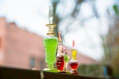 瓶毒物,毒胶囊,万圣夜 免版税库存照片