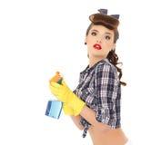 瓶海绵浪花妇女年轻人 免版税库存图片