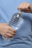 瓶男孩开阔水域年轻人 库存图片