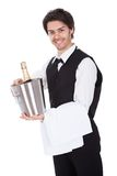 瓶男管家香槟纵向 图库摄影
