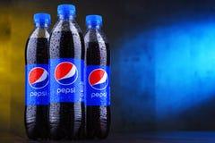 瓶碳酸化合的汽水百事可乐 库存图片