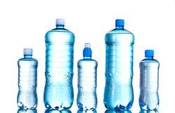 瓶组塑料水 免版税图库摄影