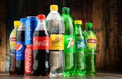 瓶被分类的全球性软饮料 库存照片