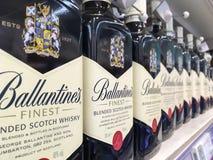 瓶Ballantine ` s威士忌酒 库存图片