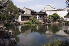 瓷古典庭院旅行的苏州 免版税图库摄影
