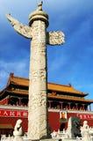 瓷大理石柱子 免版税库存图片