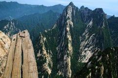 瓷峭壁华路径掸人端 免版税库存照片