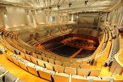 瓷平台大钢琴大厅国家戏院 库存照片