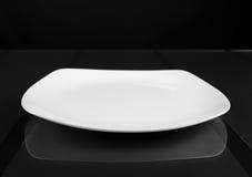 瓷方形的浅碗 免版税库存图片