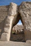 瓷沙漠敦煌门gobi guan通过yuemen 免版税库存图片