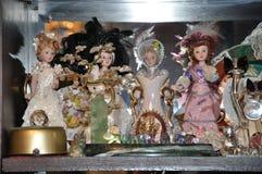 瓷玩偶和小雕象的汇集 免版税图库摄影